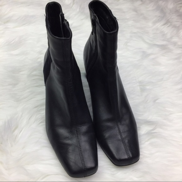 1731a2fab0c Clarks Shoes - Clarks Luna Reef Black Leather Heeled Zip Boots